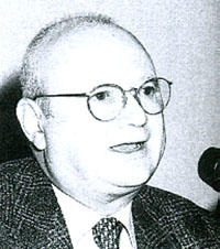 アルベルト・ムナーリ教授