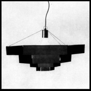 「六角形の照明器具(Lampada esagonale)」
